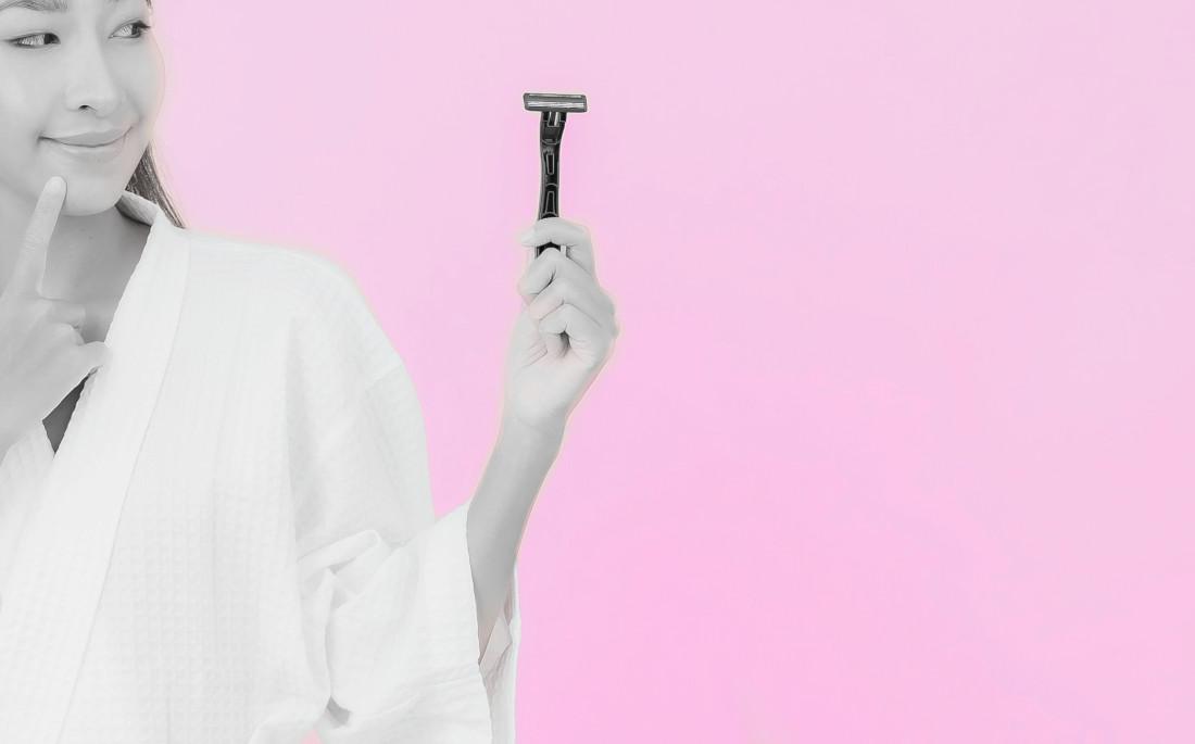 femme-rasoir-epilation